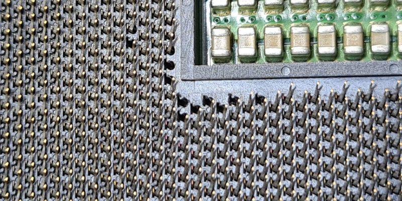 Ремонт сокета 2011 замена сломанных ножек в СПб